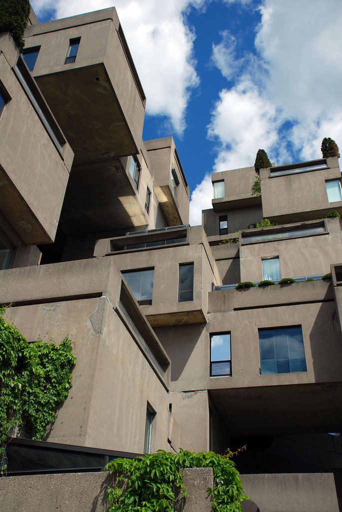Clássicos da Arquitetura: Habitat 67 / Moshe Safdie, © flickr iankorn