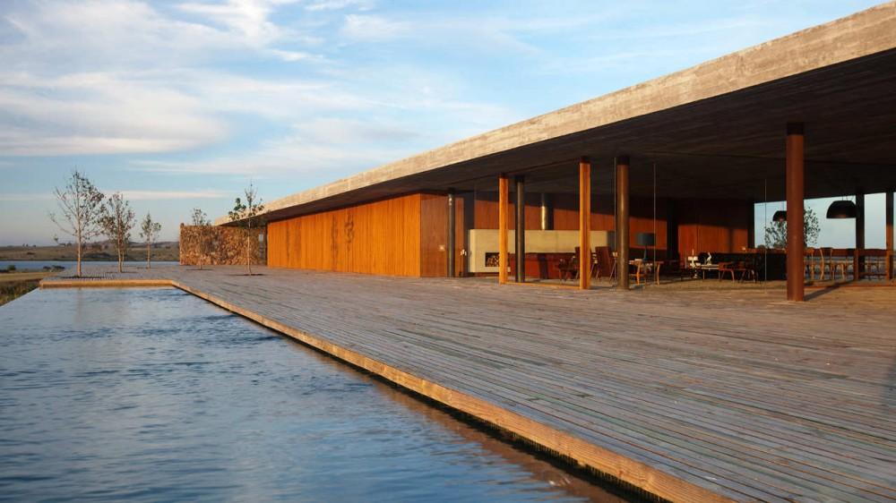 Casa Punta / Studio MK27, © Reinaldo Coser