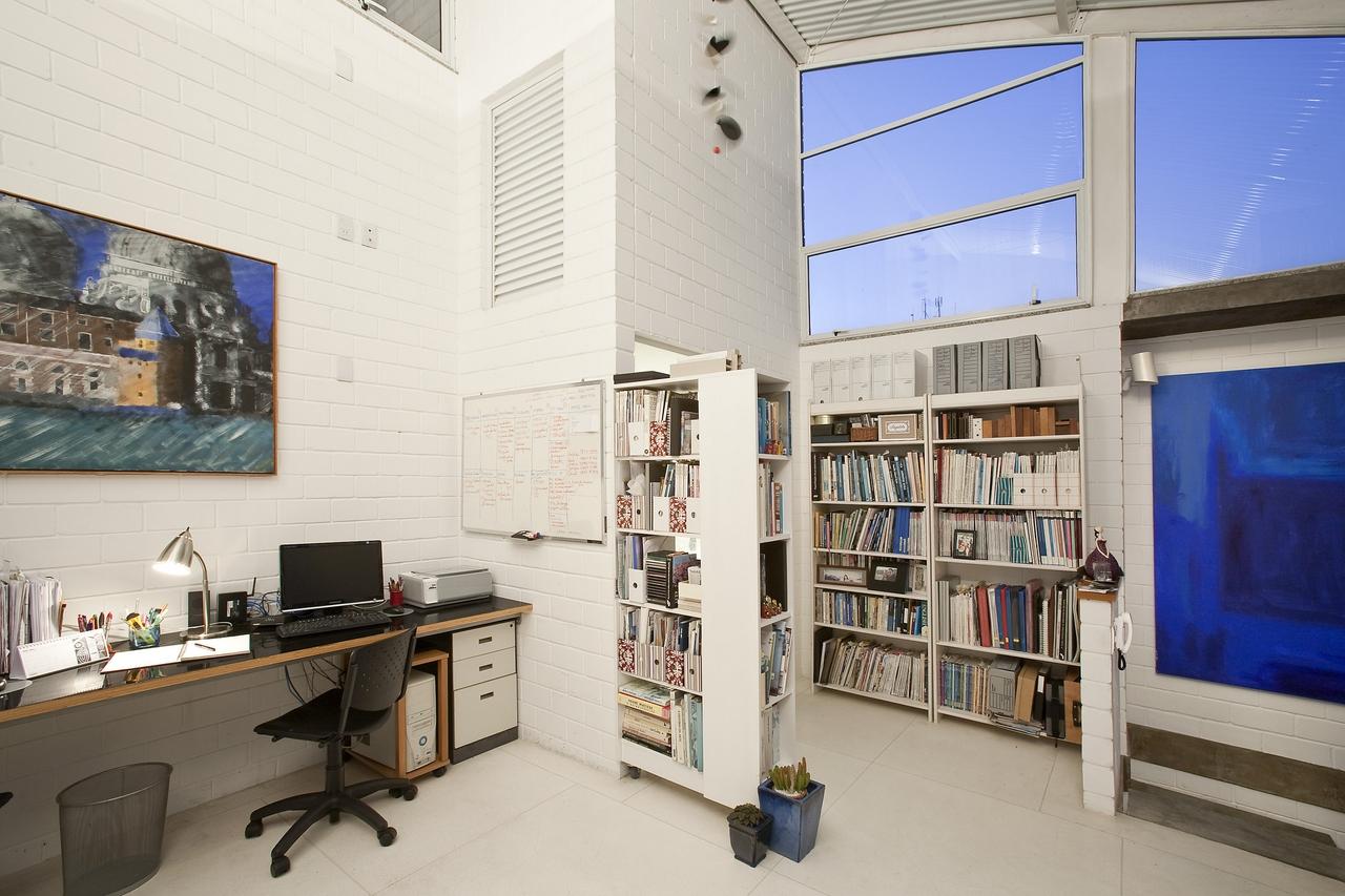 Galeria de residencial vila maida maristela faccioli 29 for Modelos de techos para galerias