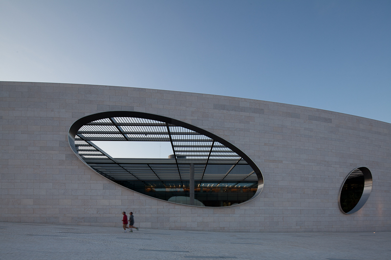 Champalimaud Centre / Charles Correa Associates, © José Campos, arqf