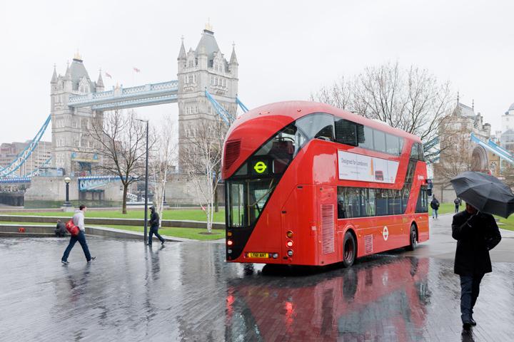 Novo design dos ônibus de Londres, © Heatherwick Studio