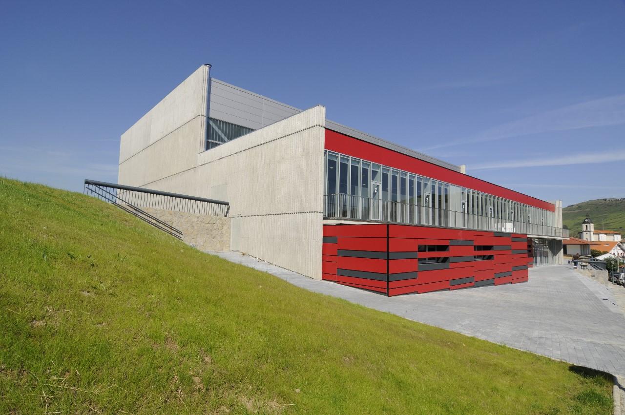 Frontón Poliesportivo Zierbena / GAZ arquitectos, © GAZ arquitectos - Igor Ortega