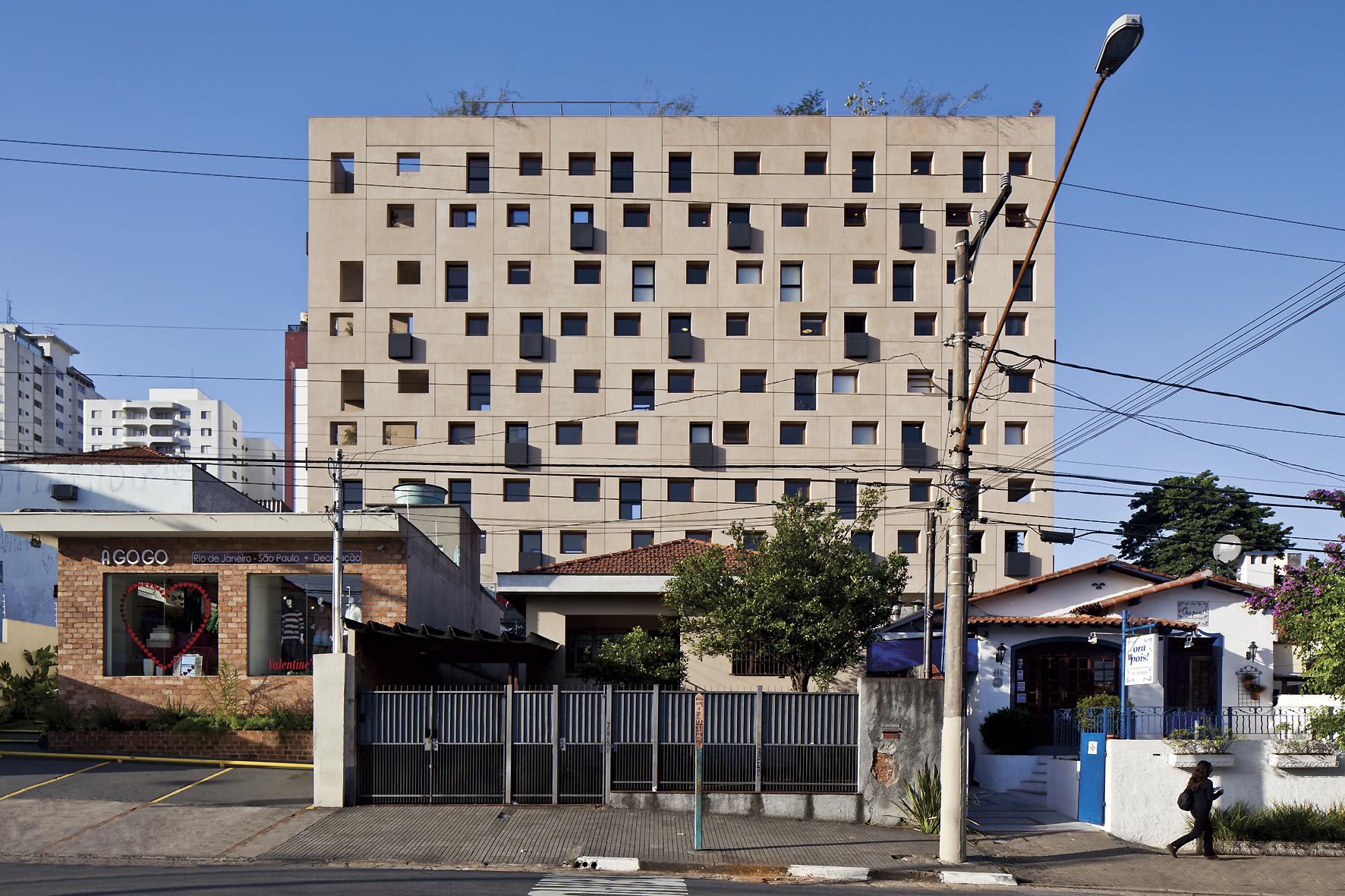 Edifício W305 / Isay Weinfeld, © Leonardo Finotti