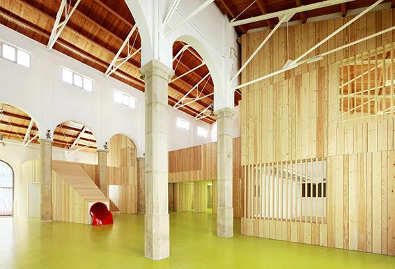 Centro Cívico e de Lazer Infantil / Miquel Mariné e César Rueda, © José Hevia