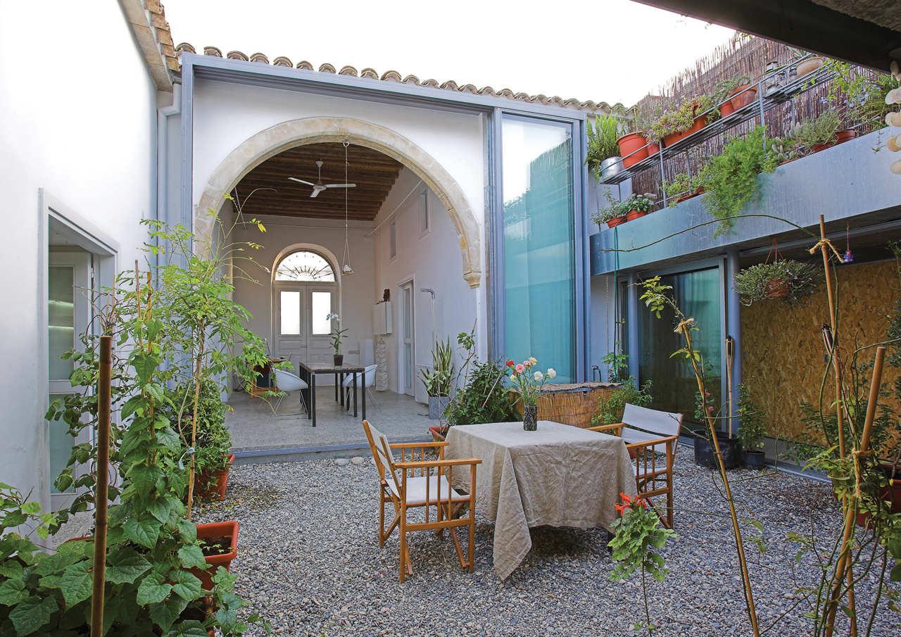 Casa em Kaimakli / Yiorgos Hadjichristou Architects, © Christos Papantoniou