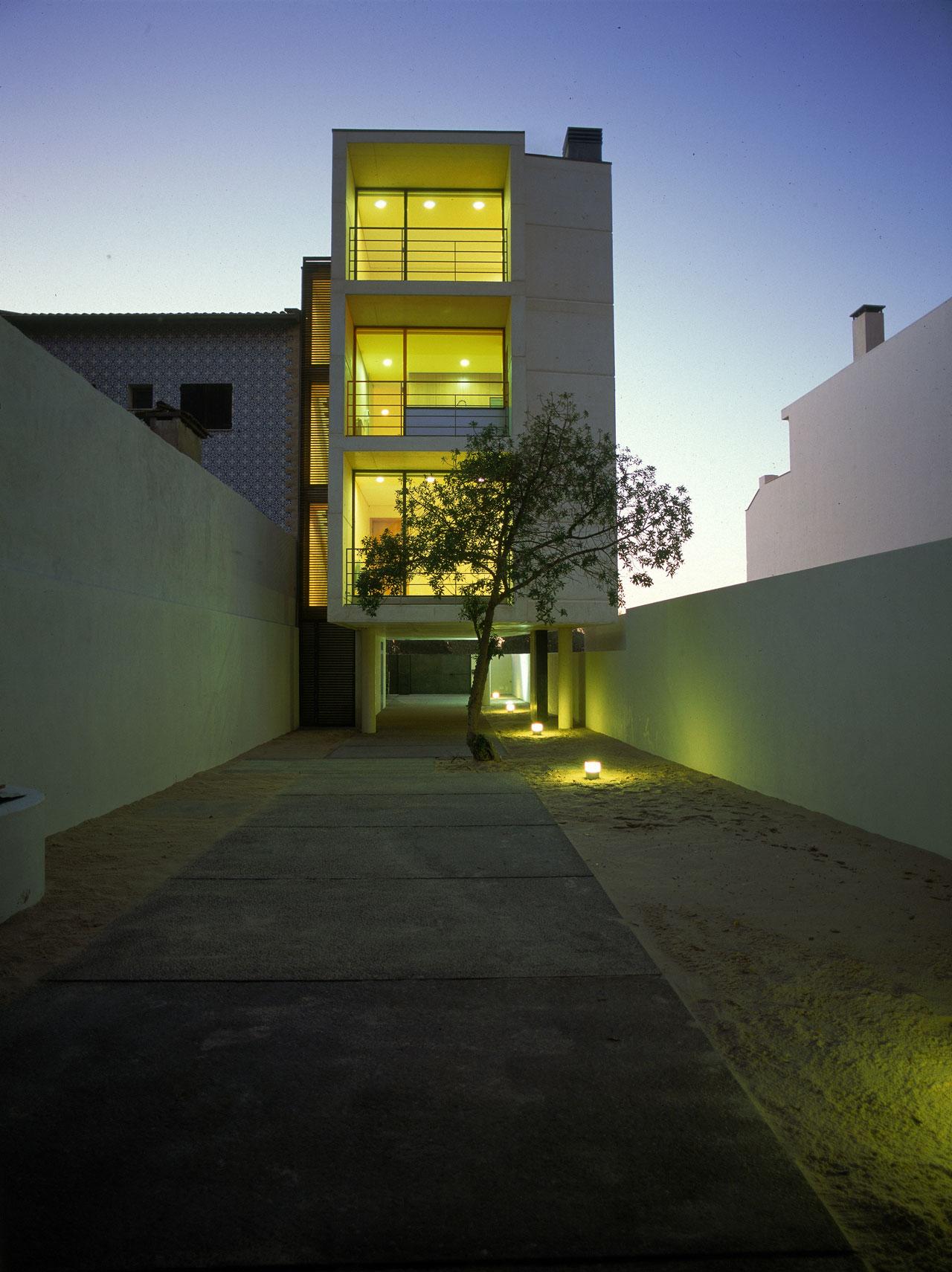 Casa na Costa Nova / Topos Atelier de Arquitectura, © Xavier Antunes