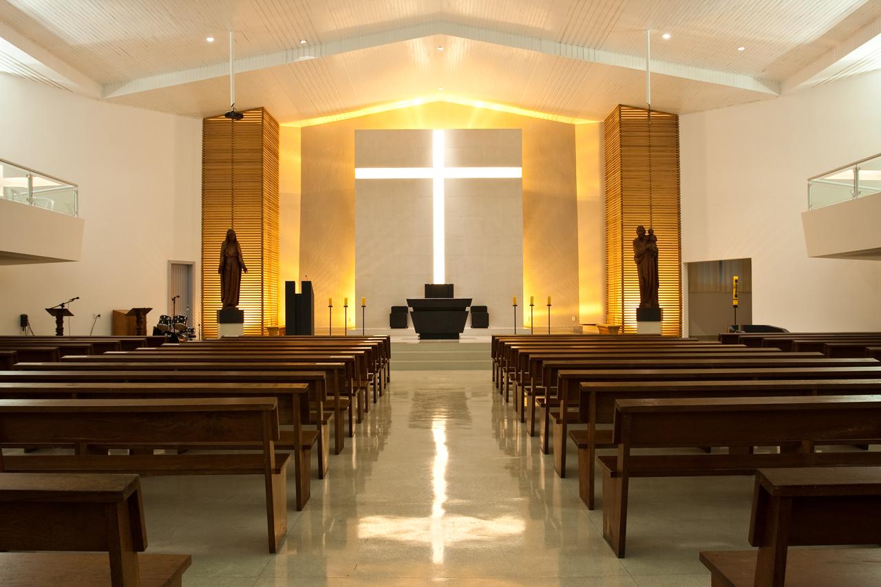 Intervenção: Igreja Matriz da Santa Cruz / FAUST ■ SALVAGNI Arquitetura, © Ro Reitz