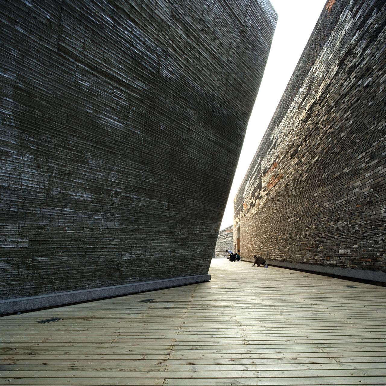 O trabalho de Wang Shu – Pritzker 2012, Museu Histórico de Ningbo © Lv Hengzhong, Cortesia de Amateur Architecture Studio