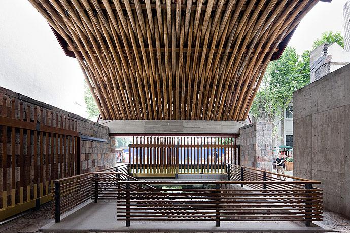 O trabalho de Wang Shu (Parte 2) – Pritzker 2012, Zhongshan Road | © Iwan Baan