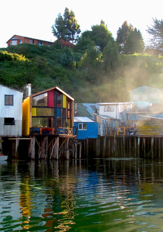 Hostal Palafito Sur, em Chiloé / Eugenio Ortúzar + Tania Gebauer, © Eugenio Ortúzar