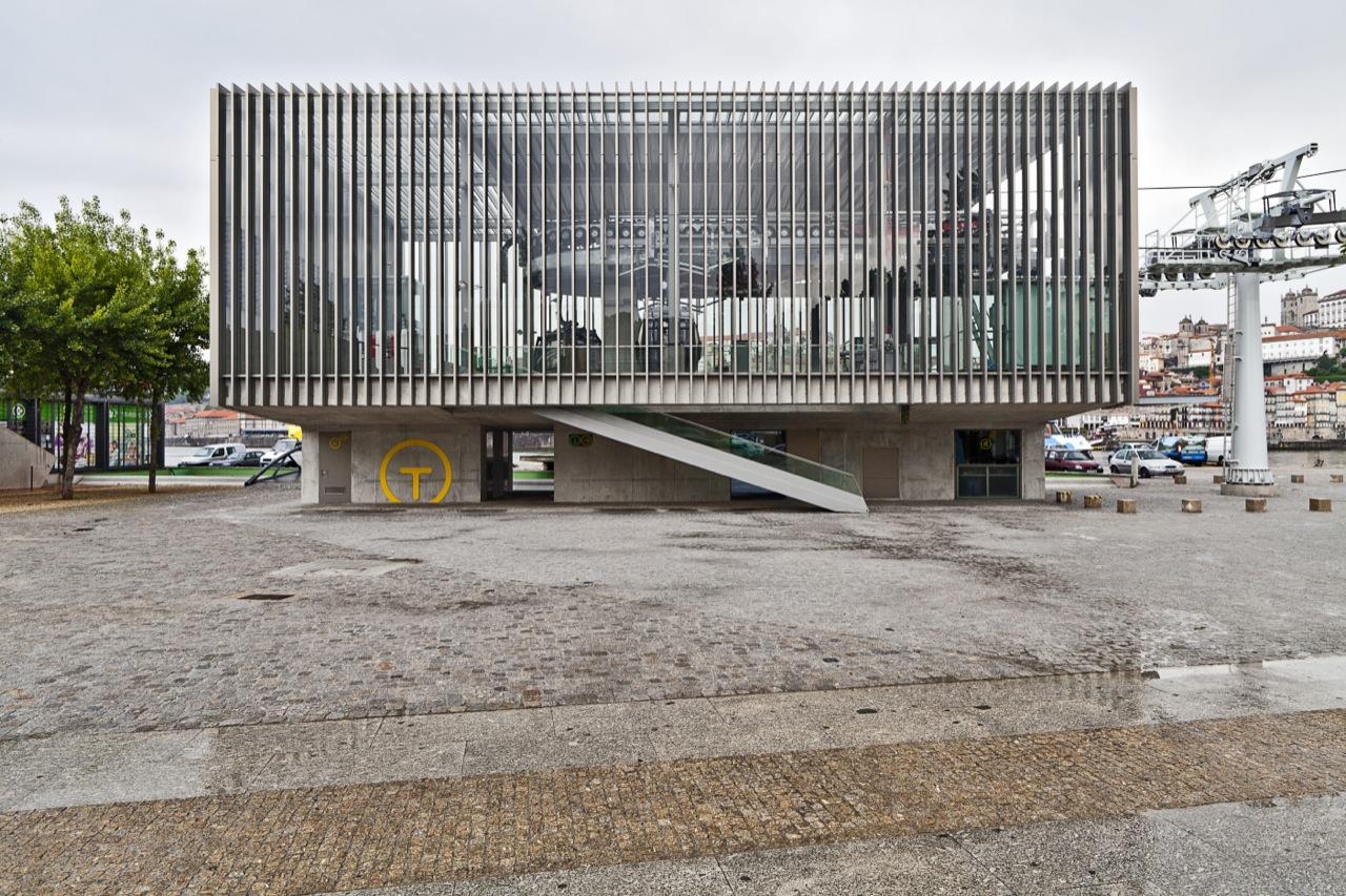 Teleférico de Gaia / Guedes + DeCampos, Estação Baixa | © Alberto Plácido