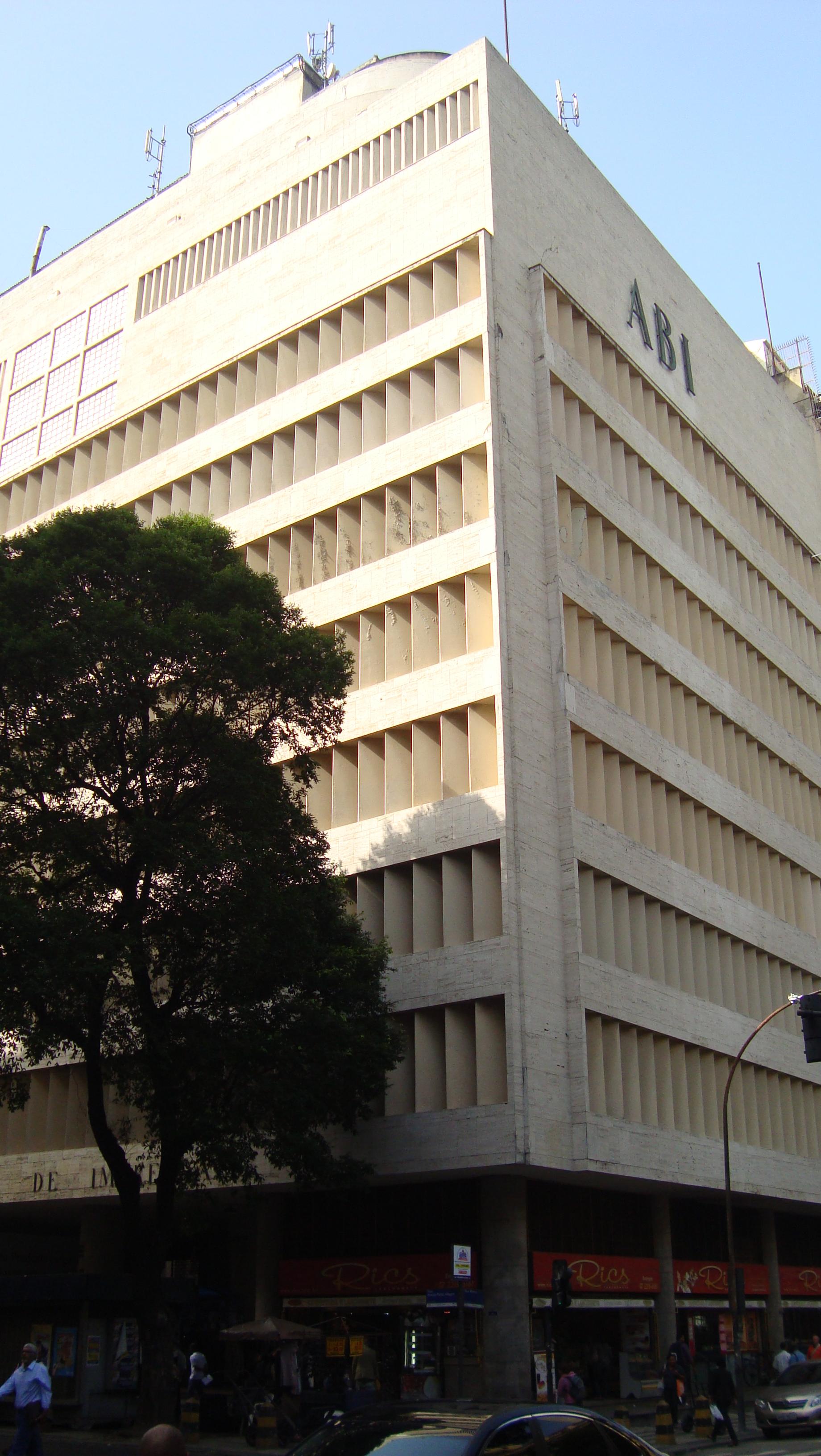 Galeria de Clássicos da Arquitetura: Sede da Associação Brasileira de Imprensa (ABI) / Irmãos Roberto - 7