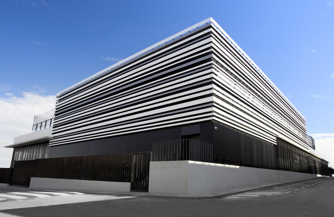 """Centro aquático esportivo """"L´ARGILA"""" / AC-ARCHITECTURE, Cortesia de AC-ARCHITECTURE"""