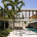 Residência JH / Bernardes + Jacobsen © Leonardo Finotti