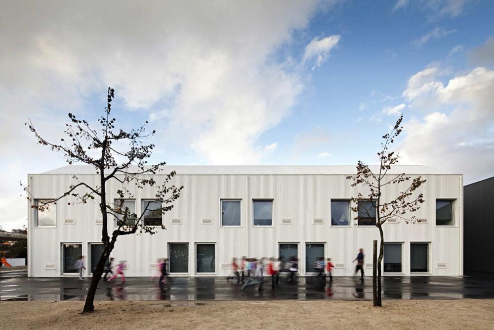 Centro Escolar de Paredes / Atelier Nuno Lacerda Lopes  , © Nelson Garrido