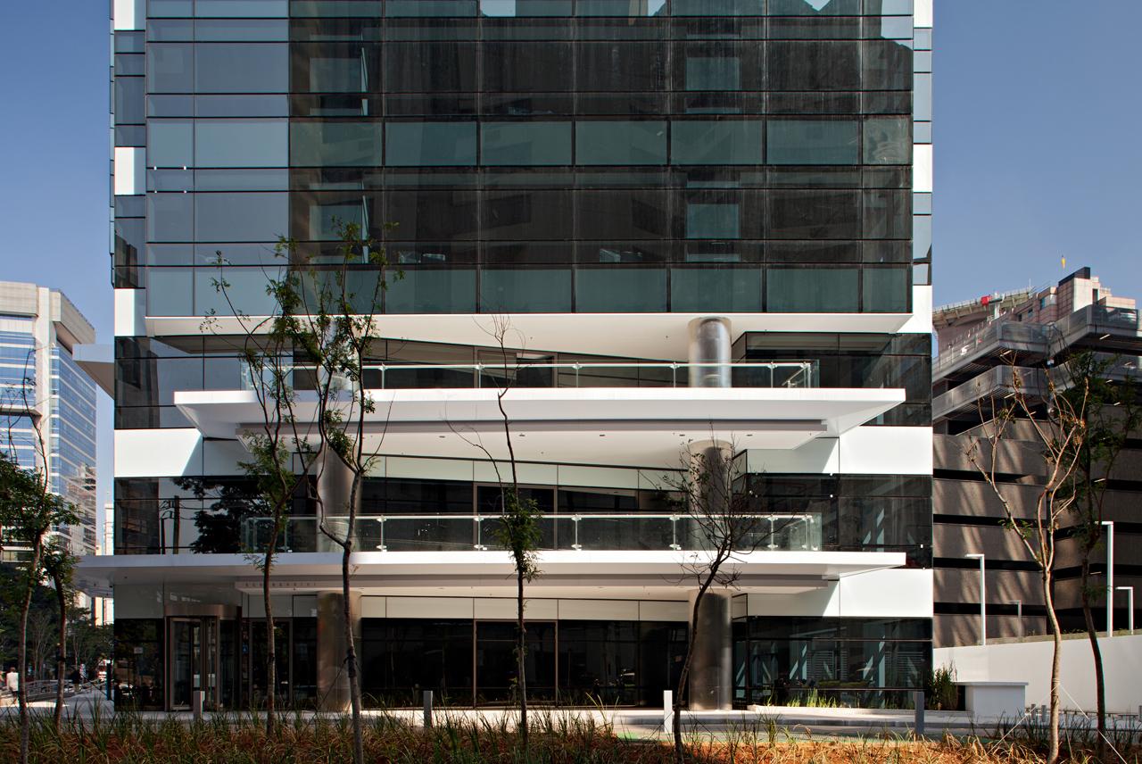 Muitas vezes Galeria de Eco Berrini / Aflalo & Gasperini Arquitetos - 29 PT54