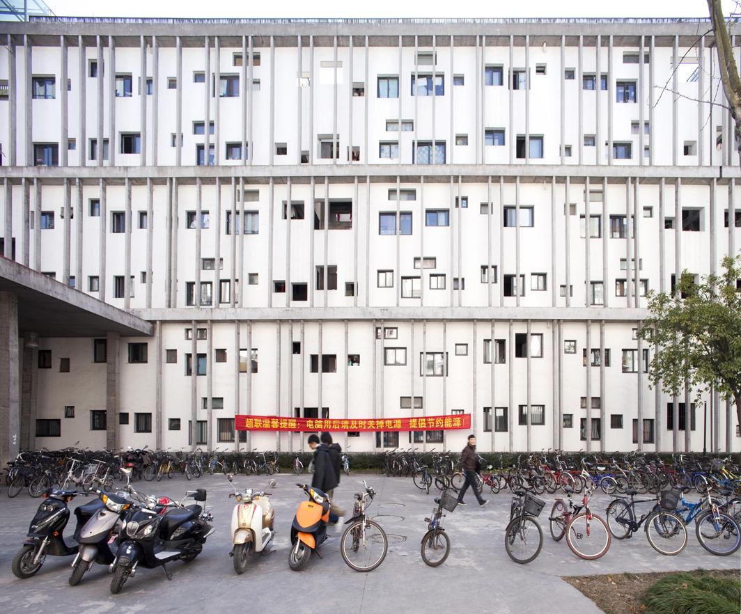 Fotografia: Obra de Wang Shu, por Clement Guillaume, Campus Hangzhou / © Clement Guillaume