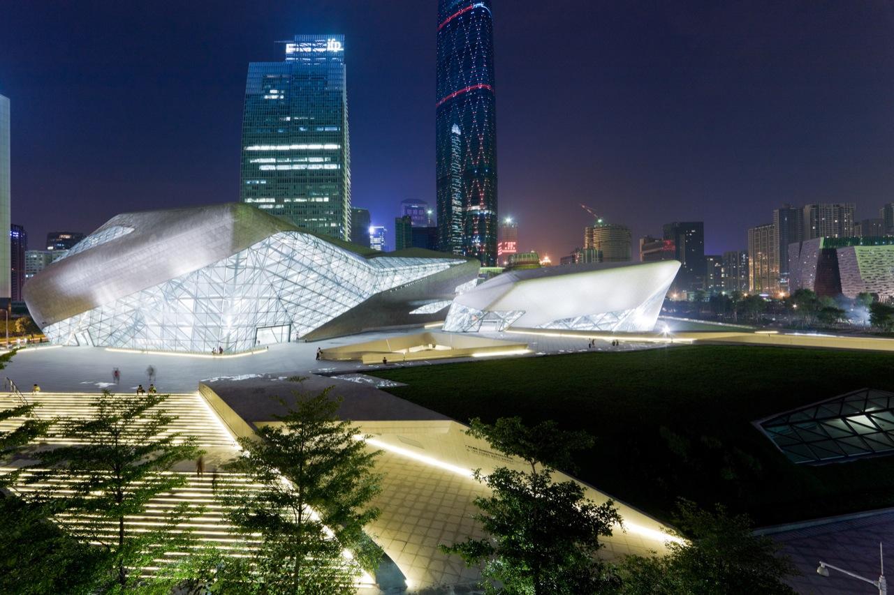 Casa de Ópera Guangzhou / Zaha Hadid Architects, © Iwan Baan