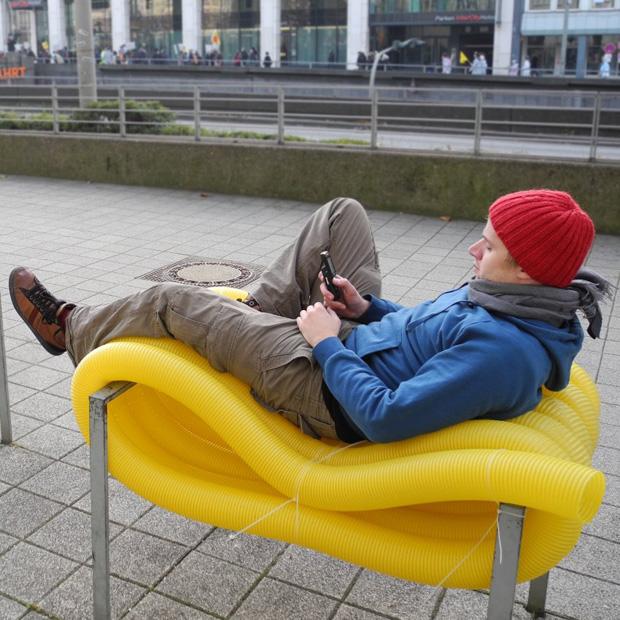 Mobiliário Urbano Reciclado por Oliver Schau, © Oliver Schau