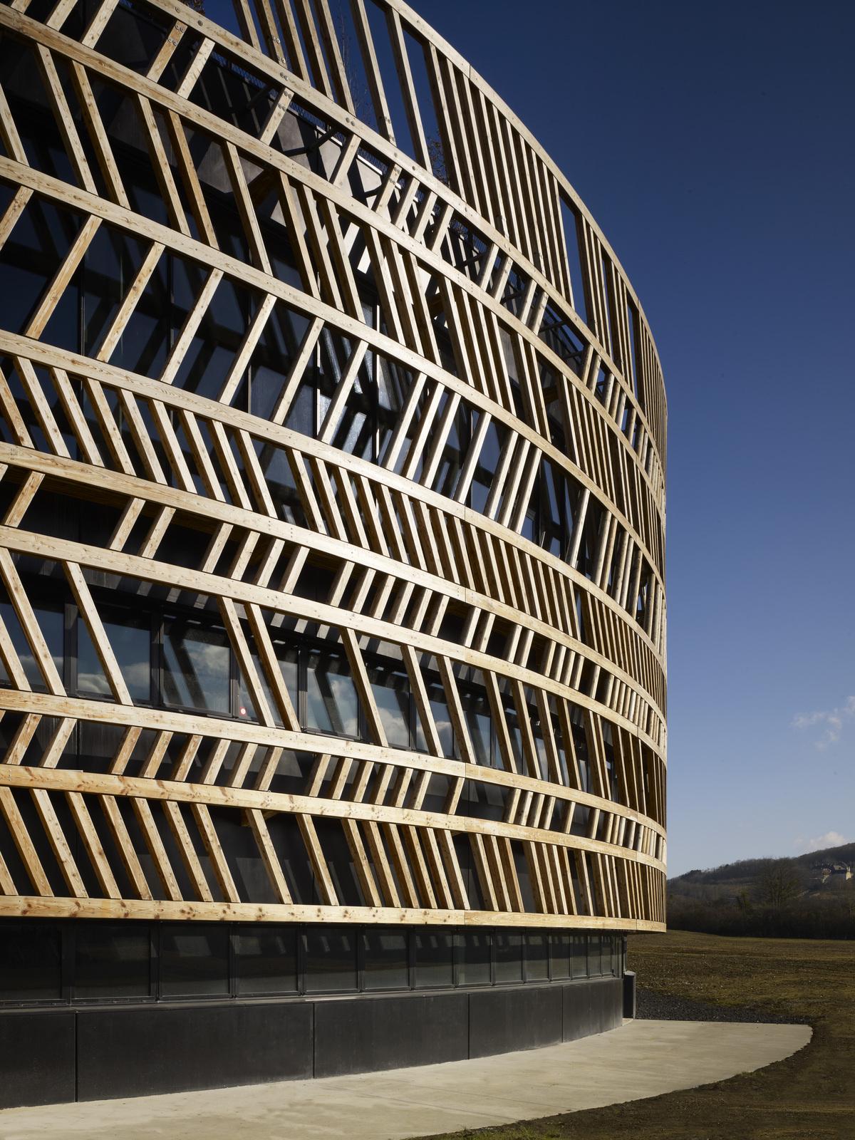 Centro de Visitantes - Museu Alésia / Bernard Tschumi Architects, © Christian Richters