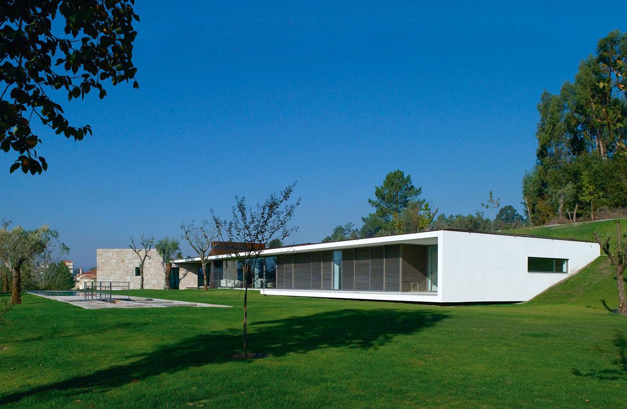 Casa em Taíde / Topos Atelier de Arquitectura, © Xavier Antunes