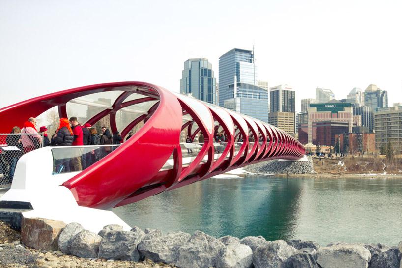Ponte da Paz / Santiago Calatrava, © Ian Harding Photography