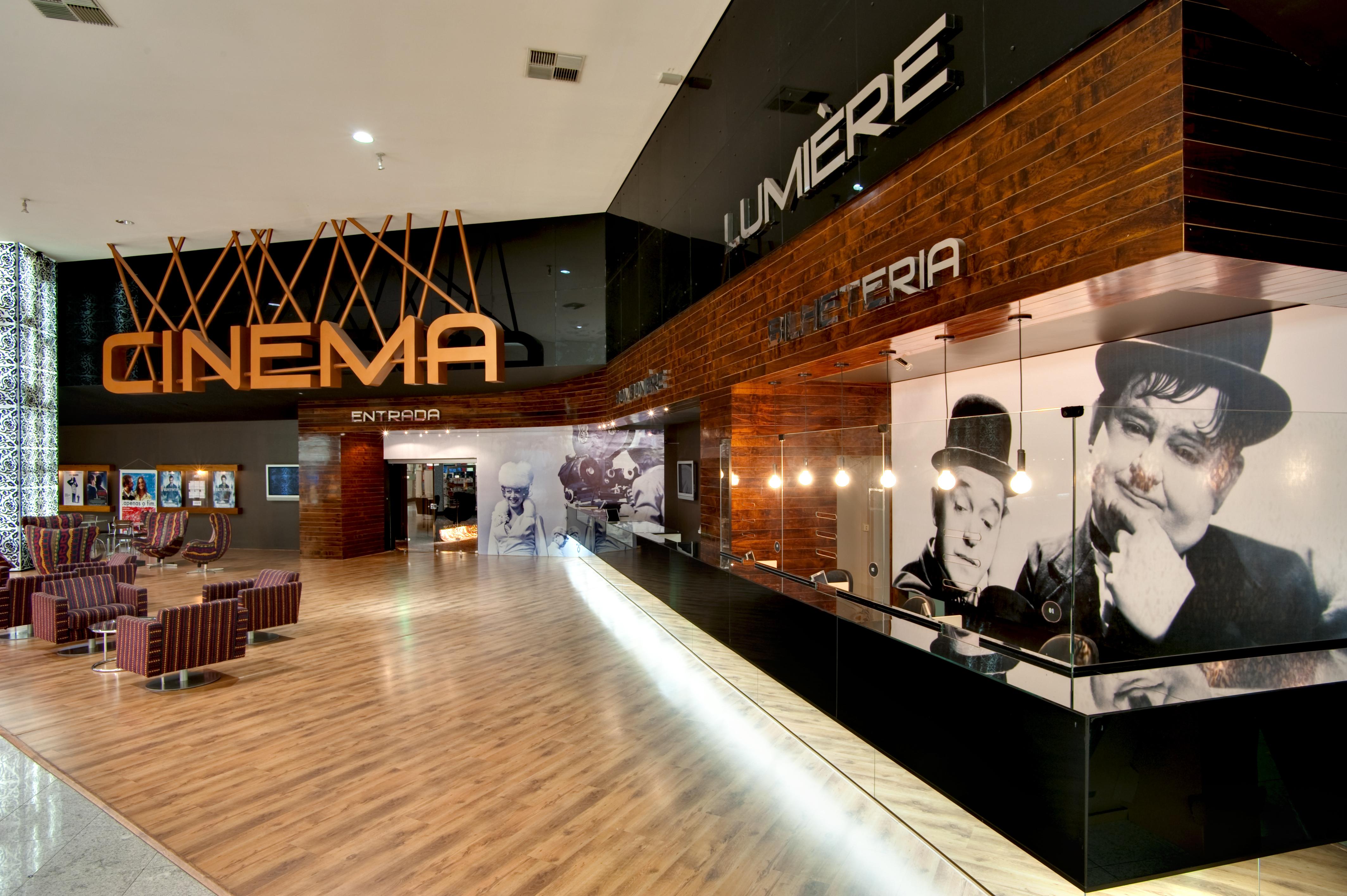 Cinema Lumiere Bougainville / Dayala + Rafael Arquitetura, © Leandro Moura estúdio onzeonze