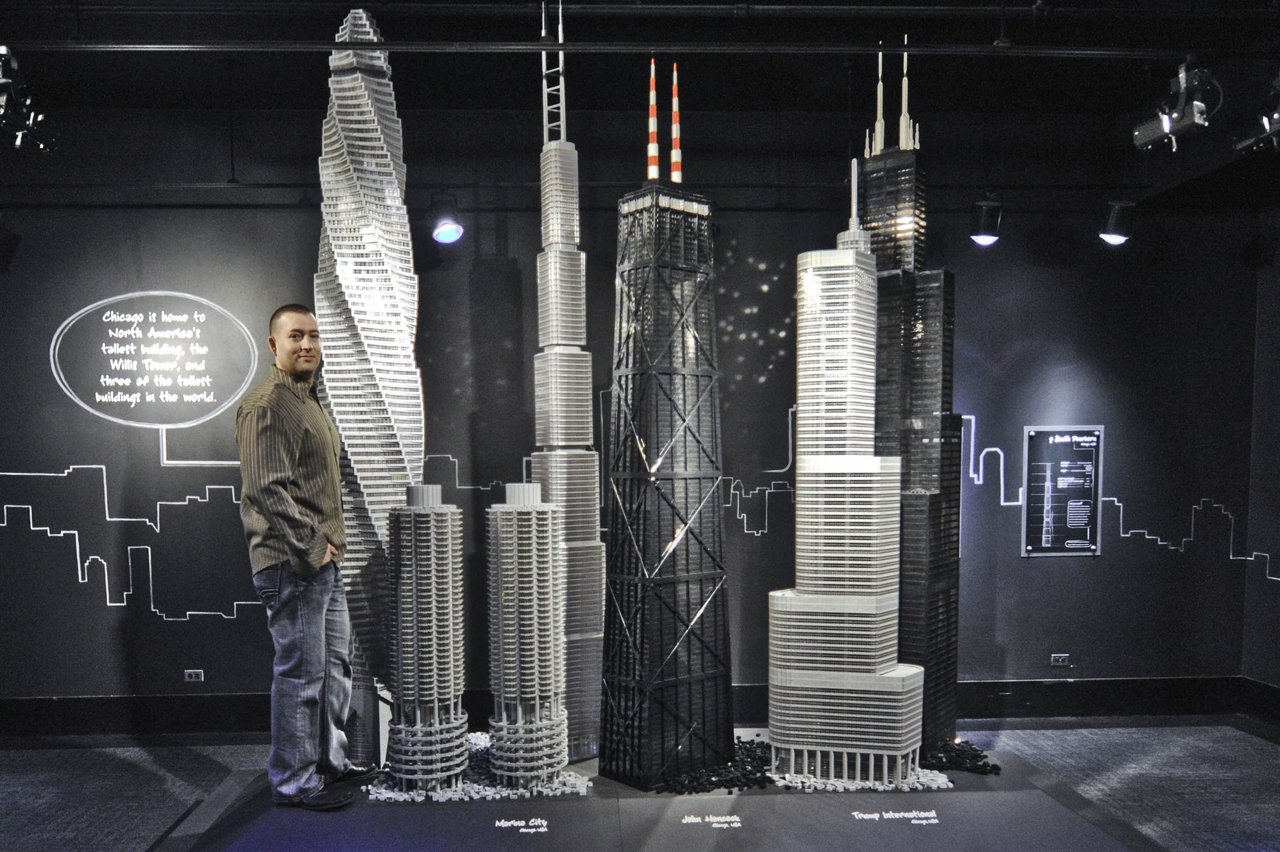 15.500.000 peças de LEGO® sao usadas para recriar dezoito edifícios ícones da arquitetura, © Adam Reed Tucker