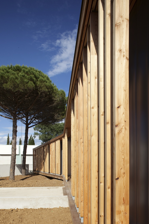 galeria de la grande motte n b architectes 9. Black Bedroom Furniture Sets. Home Design Ideas