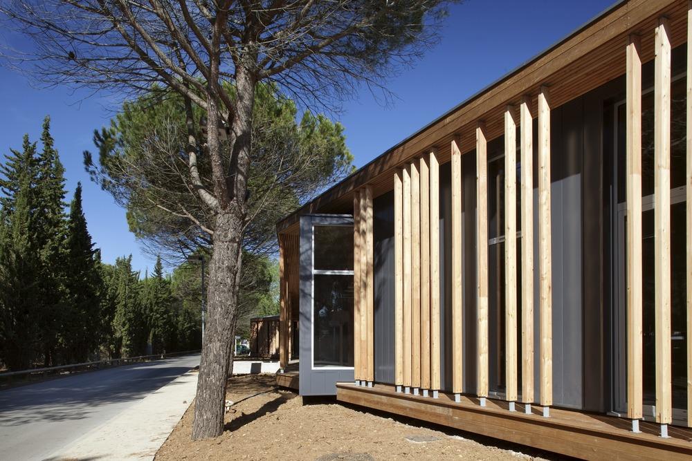 galeria de la grande motte n b architectes 12. Black Bedroom Furniture Sets. Home Design Ideas