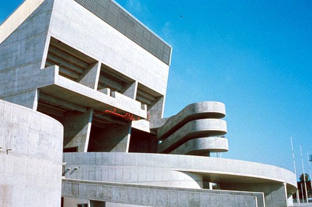 Campanha para salvar o último edifício de Le Corbusier no Iraque
