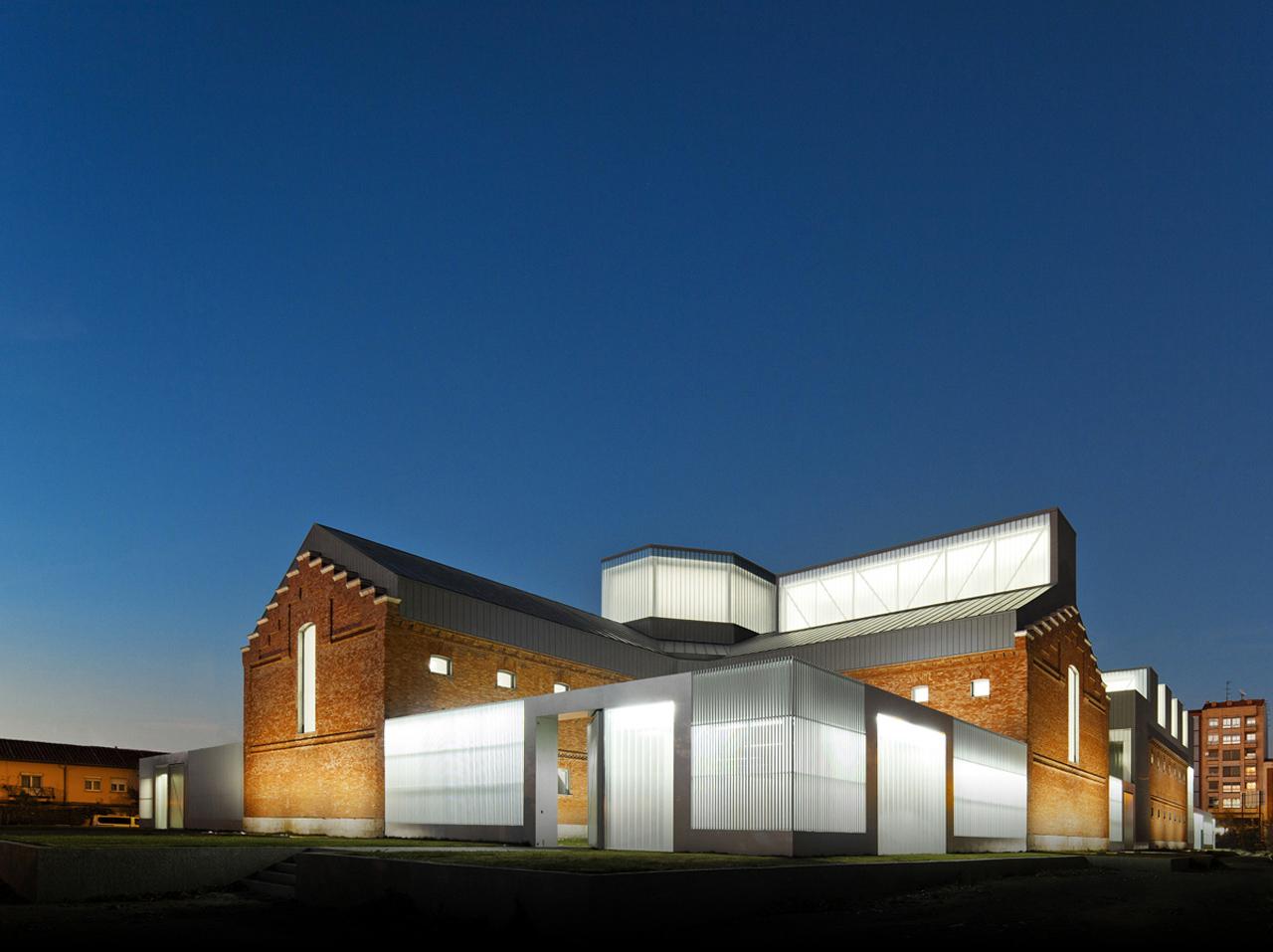 Centro Cívico Cultural de Palencia / EXIT Architects, © FG+SG – Fernando Guerra, Sergio Guerra
