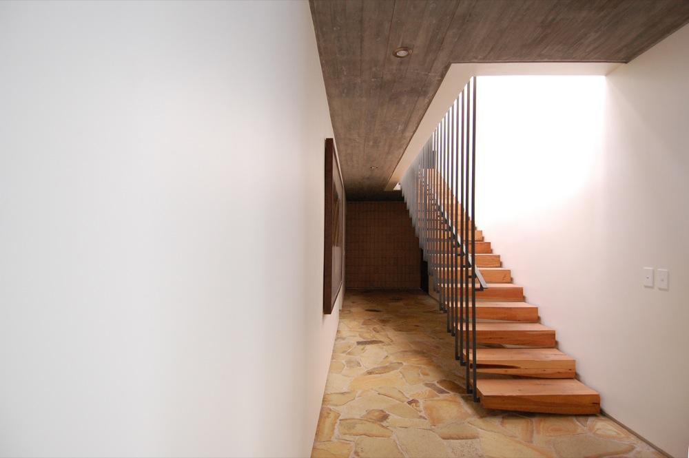 Galeria de casa techos mathias klotz 7 for Materiales para tejados de casas