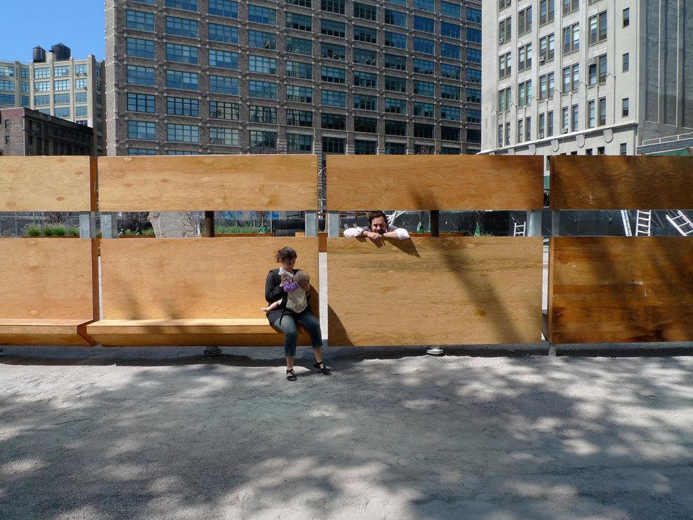 Em detalhe mobili rio urbano do projeto lentspace for Equipamiento urbano arquitectura pdf