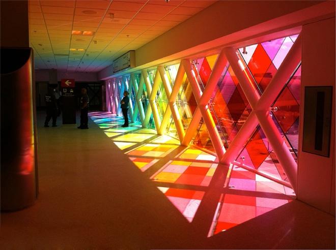 Arte e Arquitetura: Jogo de Transparências / Christopher Janney, © Christopher Janney
