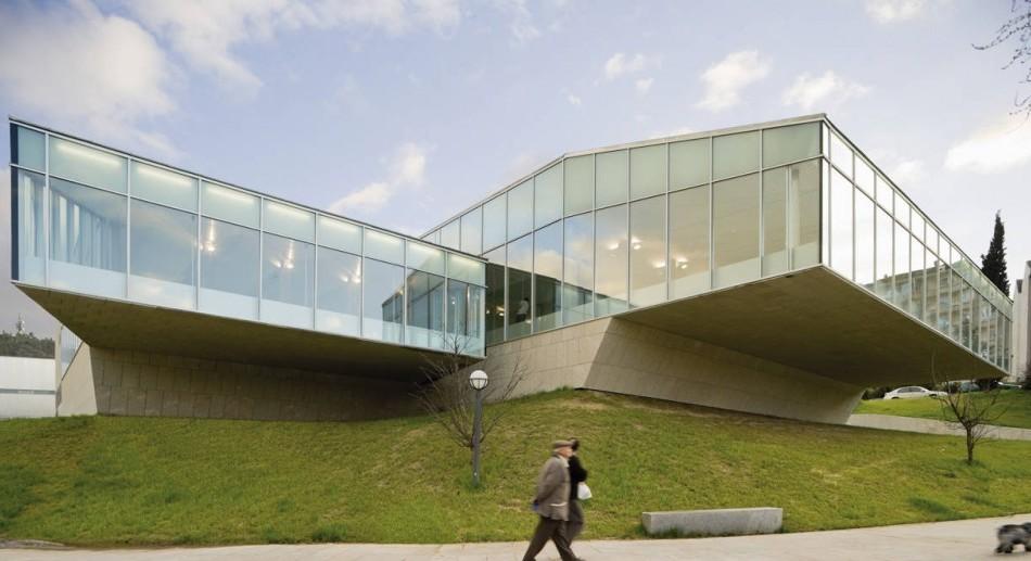 Piscina Universitária para o Campus de Orense / Francisco Mangado, © Pedro Pegenaute