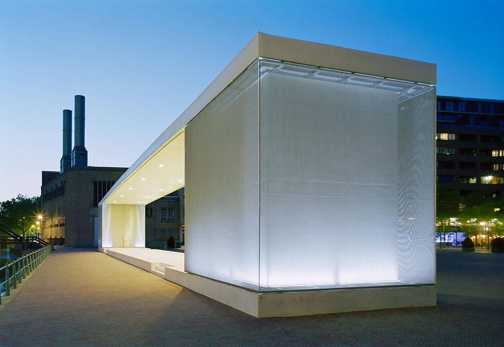 Pódio Urbano em Roterdã / Atelier Kempe Thill, ©  Architektur – Fotografie Ulrich Schwarz
