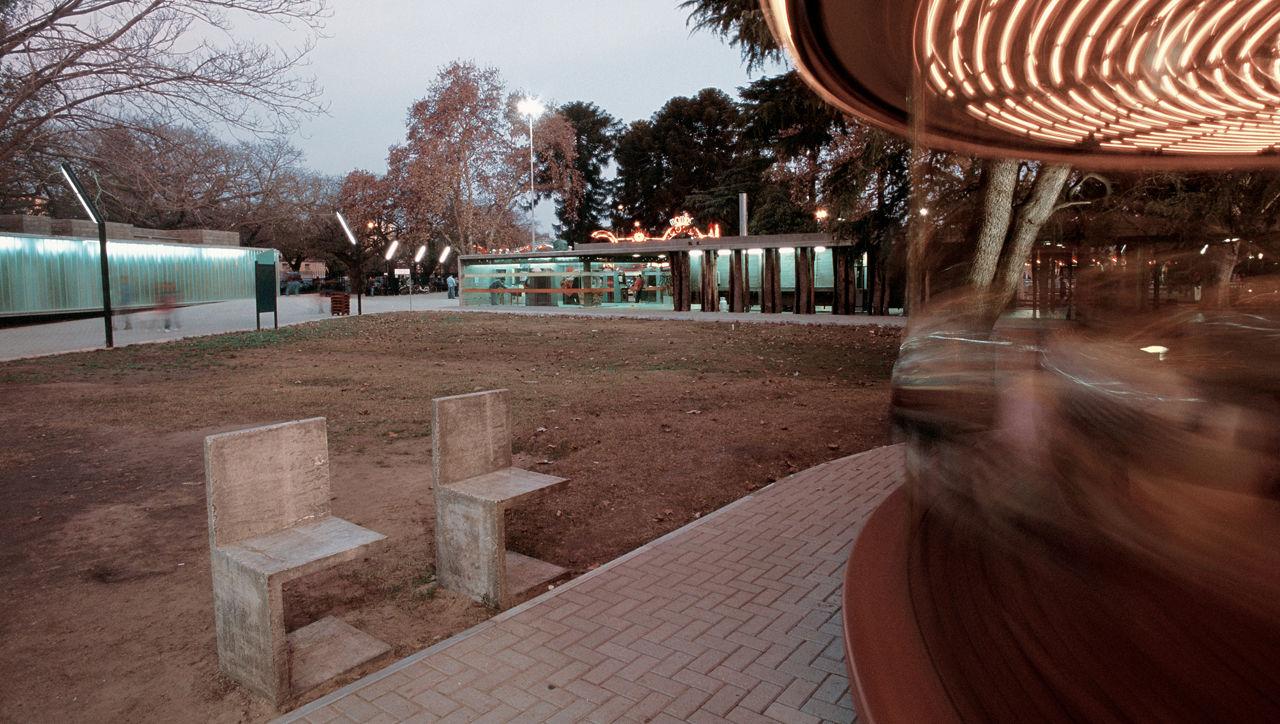 Parque de diversões em Rosario / Rafael Iglesia, © Gustavo Frittegotto