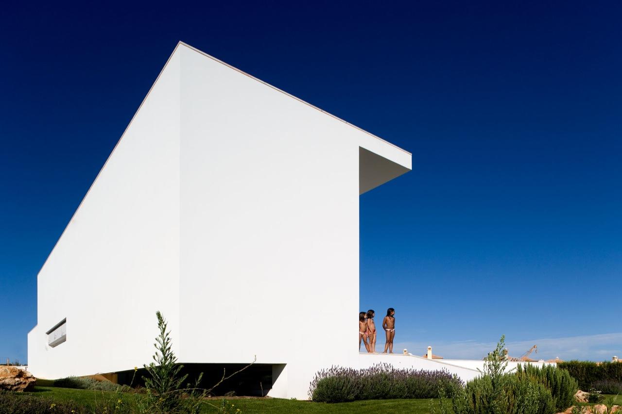 Casa no Martinhal / ARX Portugal, © FG + SG - Fernando Guerra, Sérgio Guerra