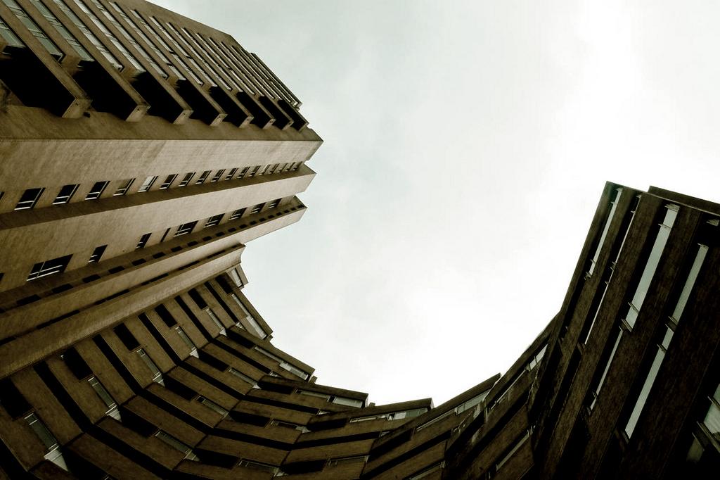 Clássicos da Arquitetura: Torres do Parque / Rogelio Salmona, © Flickr sbstnchïng