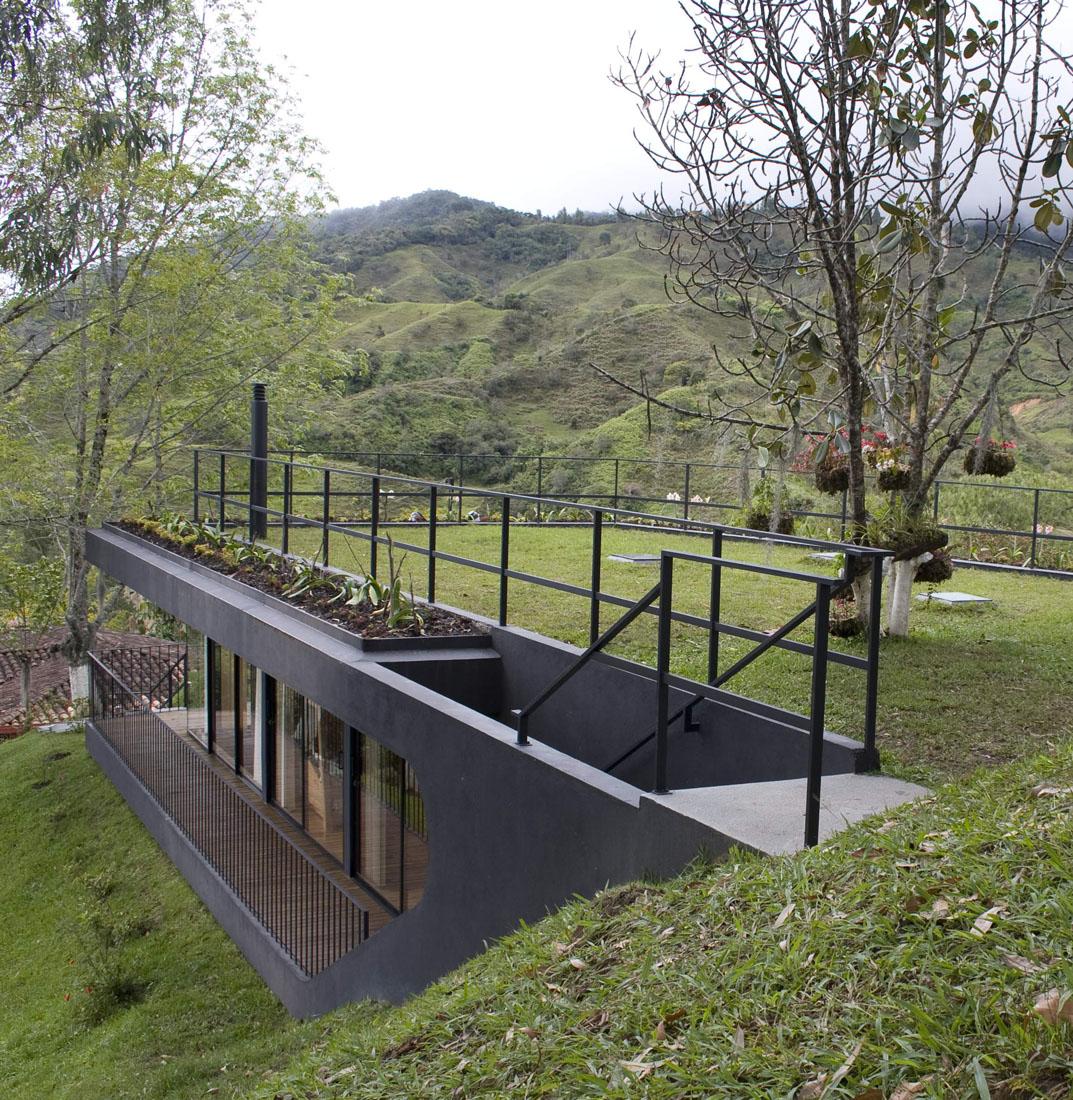 Abrigo Ecológico em Finca El Retorno / G Ateliers, © Gustavo Valencia