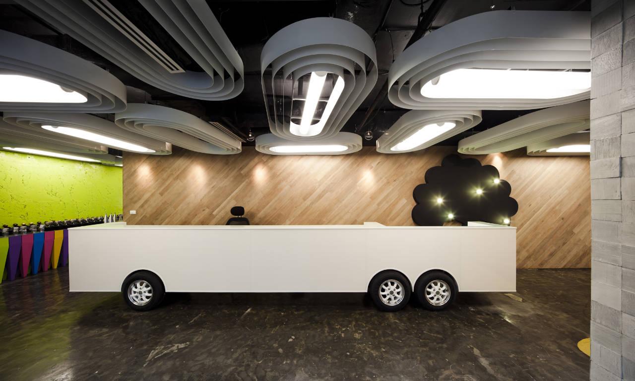Revitalização de Saatchi & Saatchi Thailand / Supermachine Studio, © Wison Tungthunya