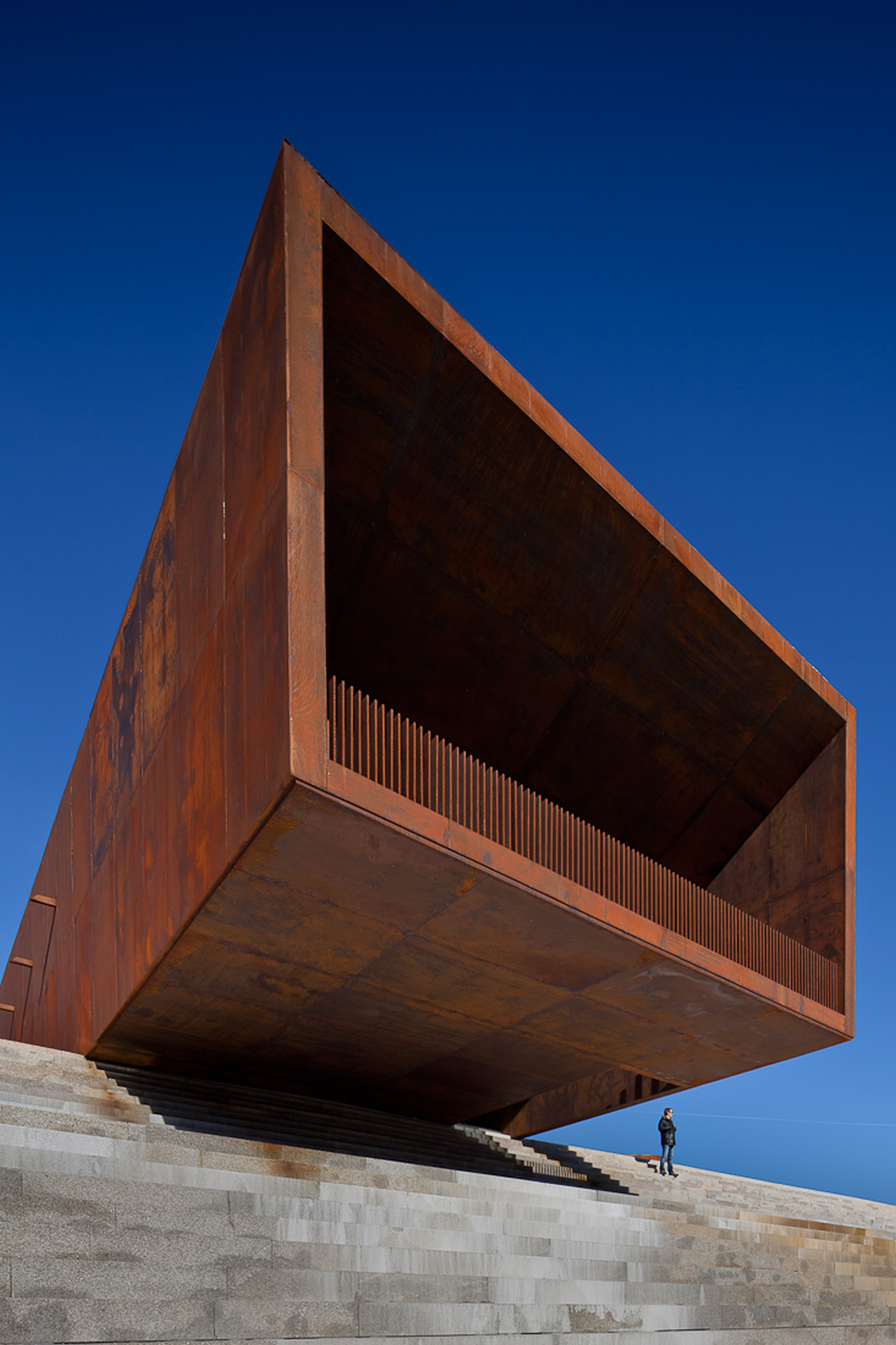 Pavilhão Multiusos de Lamego / Barbosa & Guimarães, © Jose Campos
