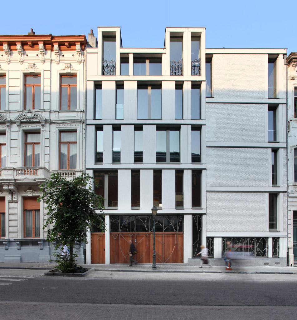 Sint-Gillis / Lensass Architects, © Philippe van Gelooven