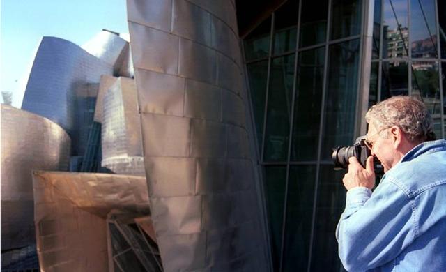 """""""Esboços de Frank Gehry"""": Hoje no Cultura Documentários -TV Cultura, Via TV Cultura"""