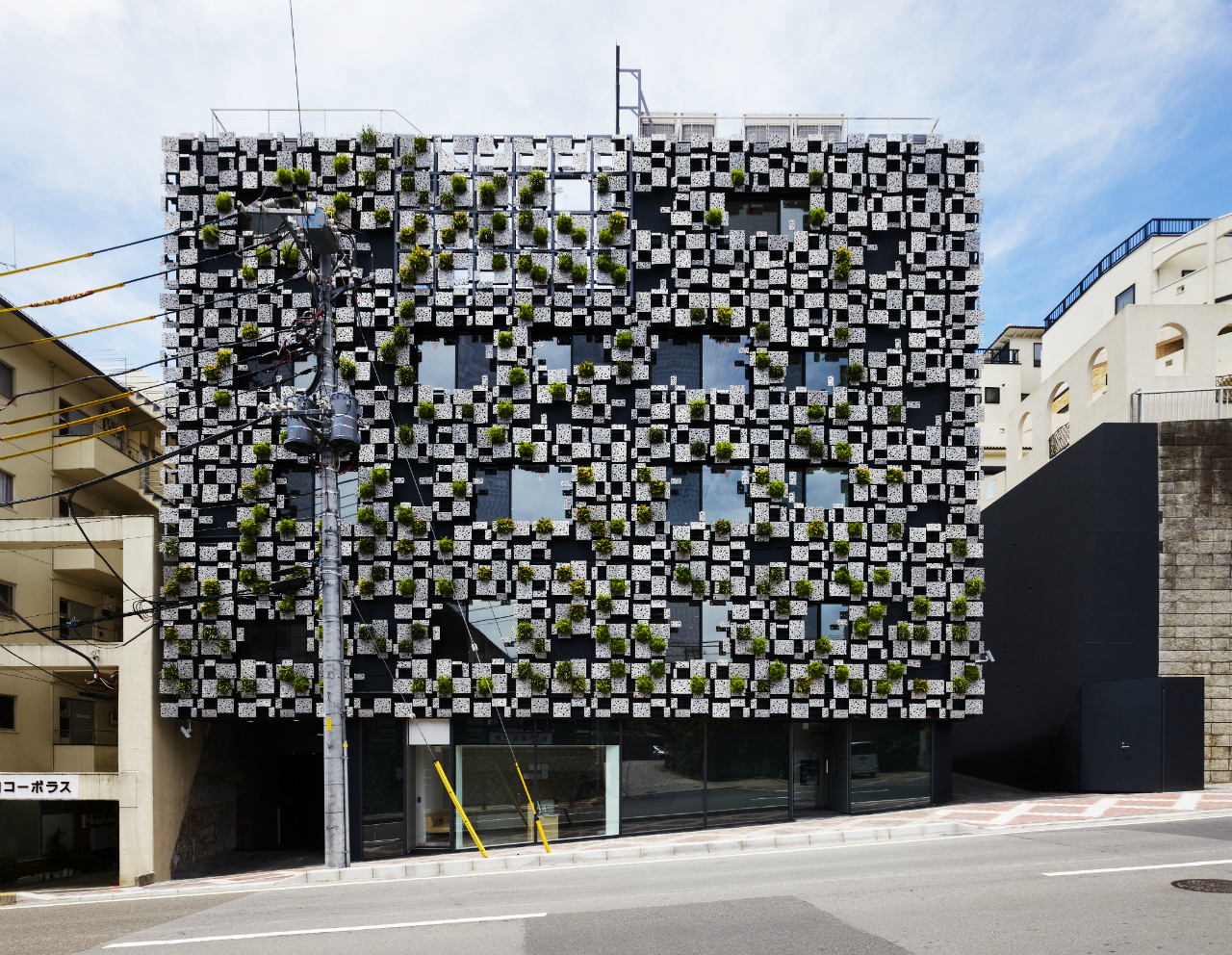Green Cast / Kengo Kuma & Associates , Cortesia de Kengo Kuma & Associates