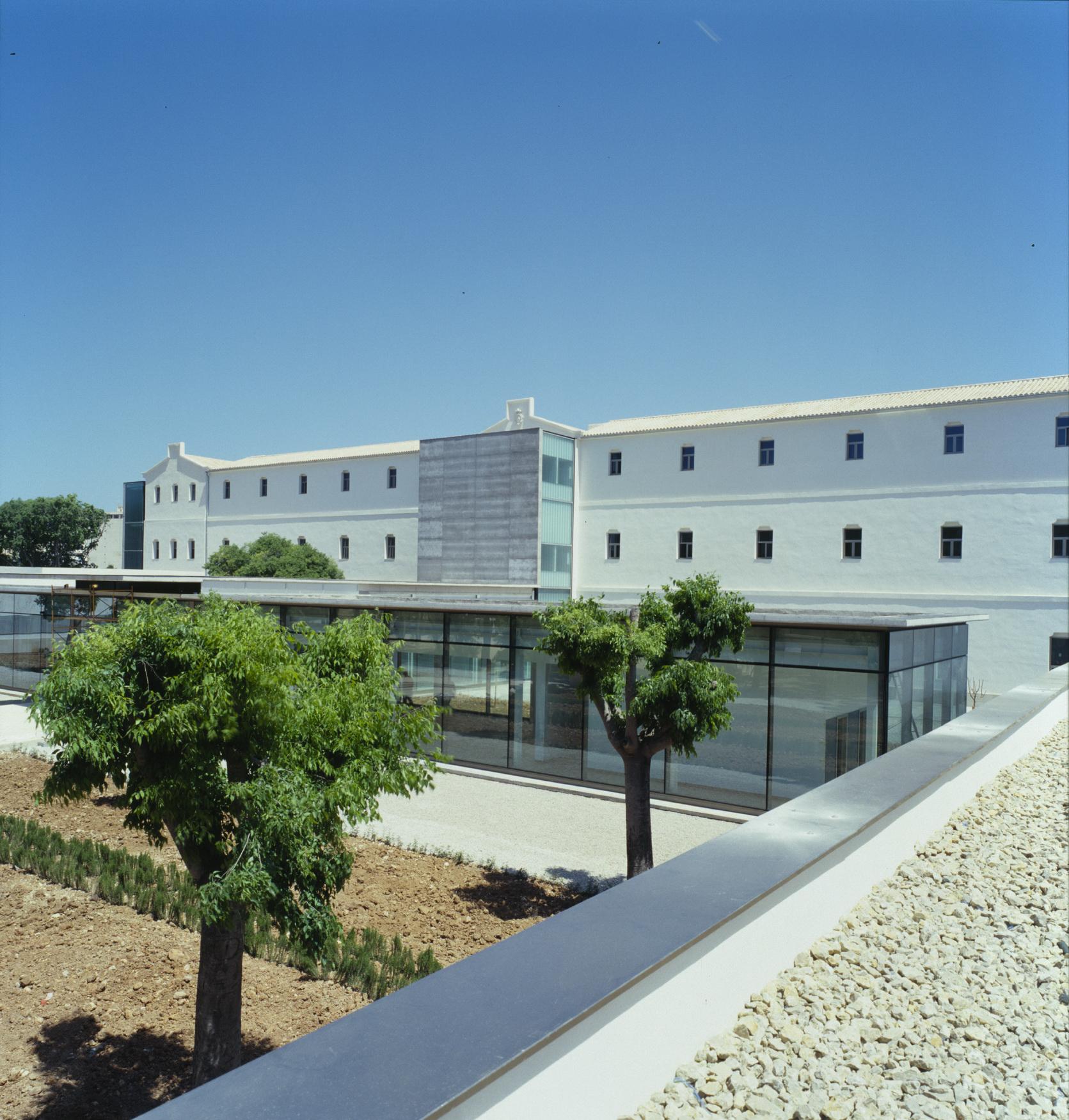 Hospital de Psicogeriatría / CMV Architects, Cortesia de CMV Architects