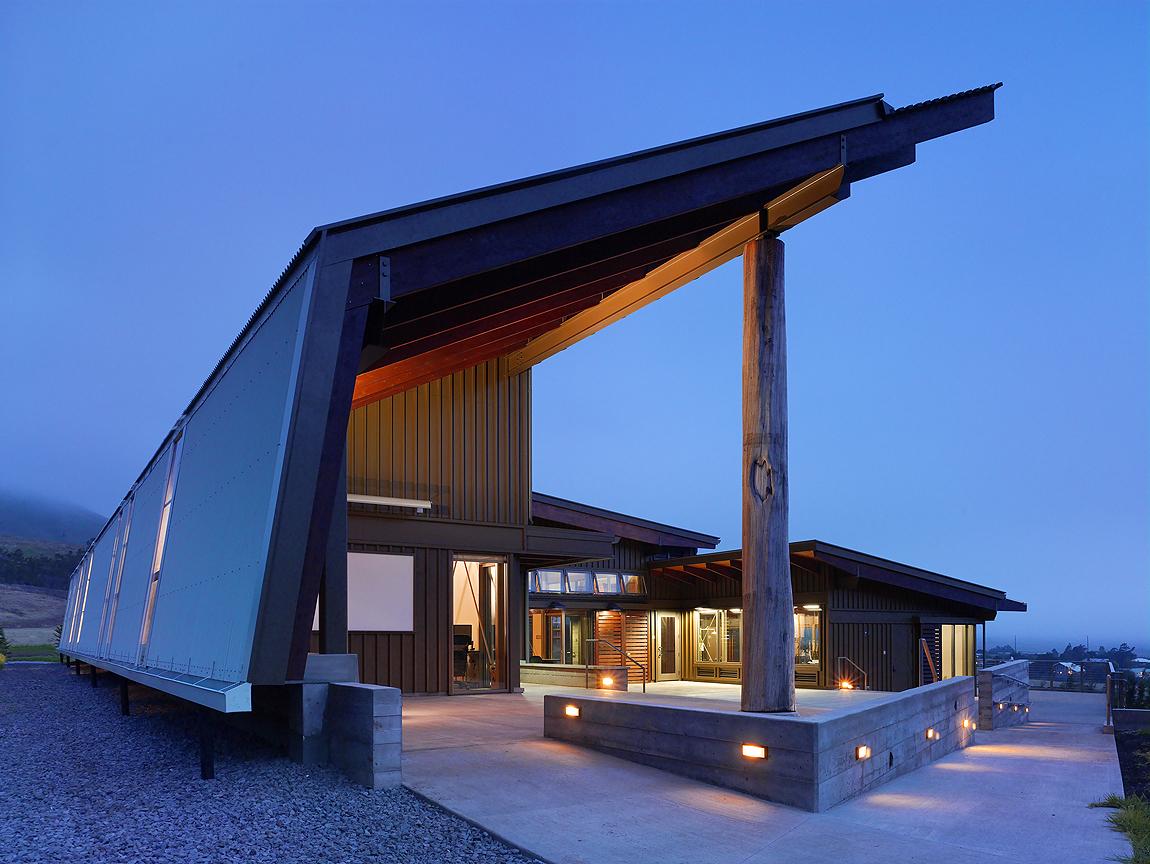 Organização que promove o padrão sustentável mínimo para edifícios ganha o Premio Buckminster Fuller 2012