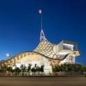 Centre Pompidou – Metz, Metz, França de Shigeru Ban e Jean de Gastine Architectes com Gumuchdjian Architects © Didier Boy de la Tour