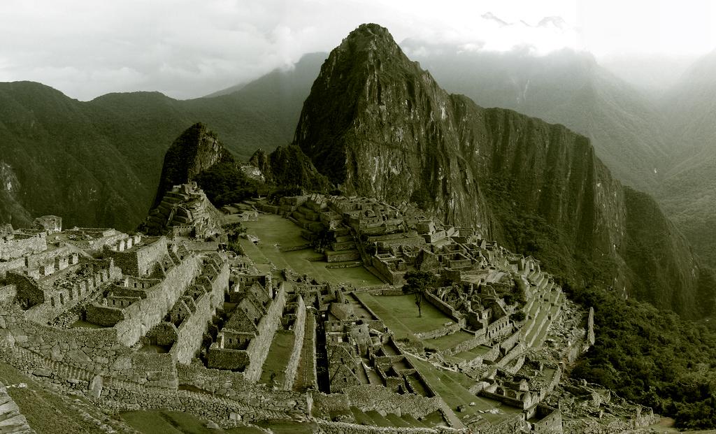 Poesia e Arquitetura: Alturas de Machu Picchu / Pablo Neruda, © flickr MikeBash